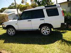 Land Rover Discovery td5 Auto 129.000 klms.genuine klms. Meikleville Hill Yeppoon Area Preview