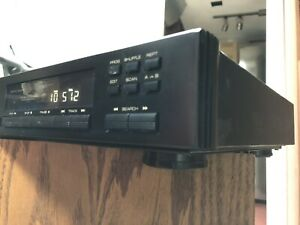 Rotel RCD-975 CD Player