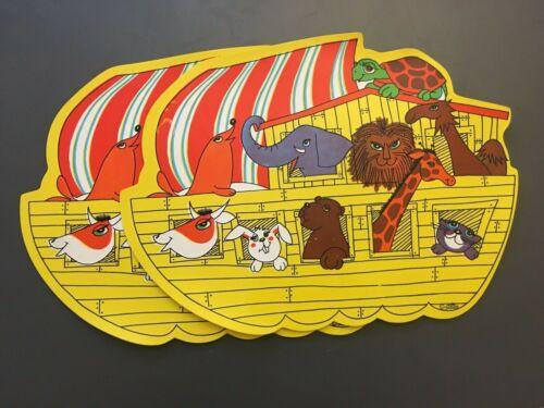 Set 2 Vintage Noah