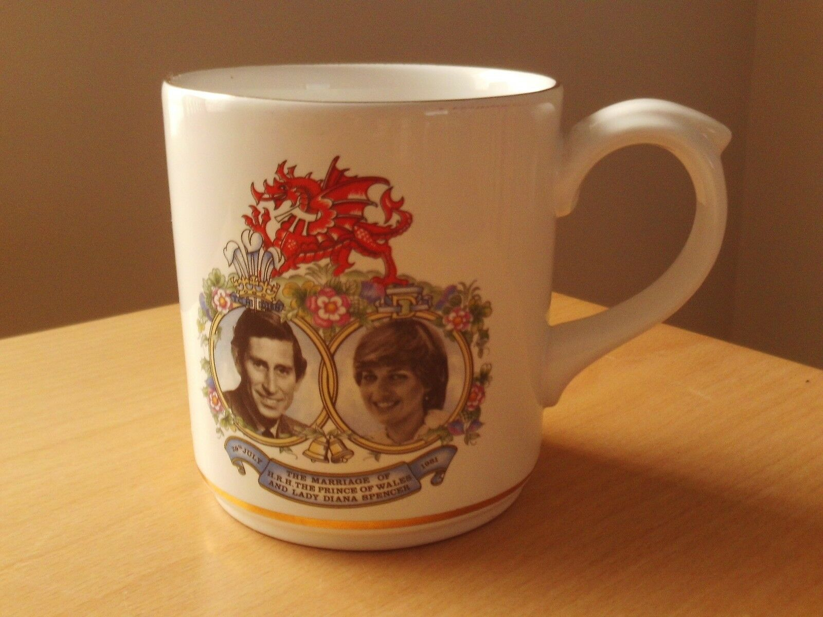Vintage Poole Pottery Commemorative Mug Royal Wedding of Charles and Diana 1981.