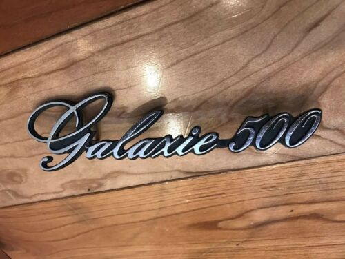 VINTAGE 1972 FORD GALAXIE 500 EMBLEM #3345736