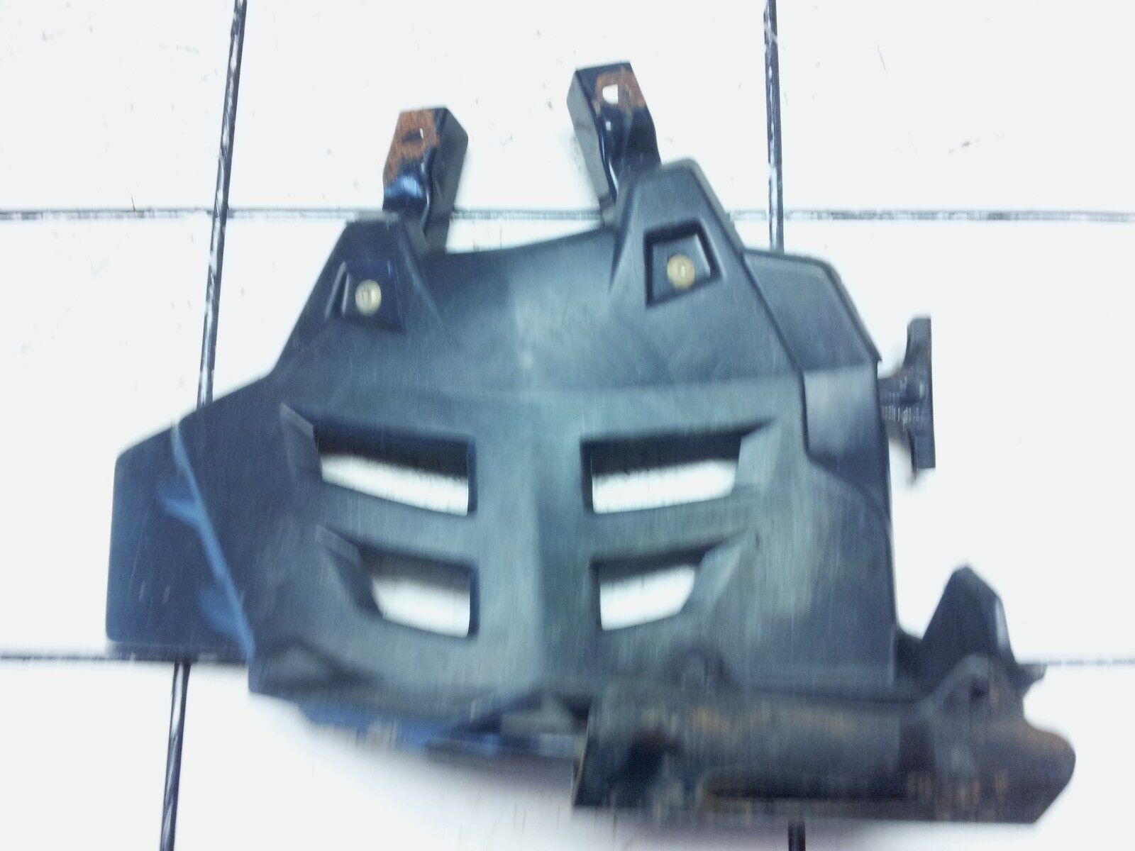 2003-2007 PREDATOR 500 OEM RIGHT FOOT HEEL GUARD HEELGUARD W/ MOUNT 5434432-070
