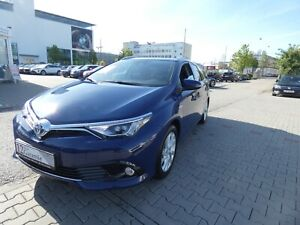 Toyota Auris Touring Sports Hybrid Edition-S+