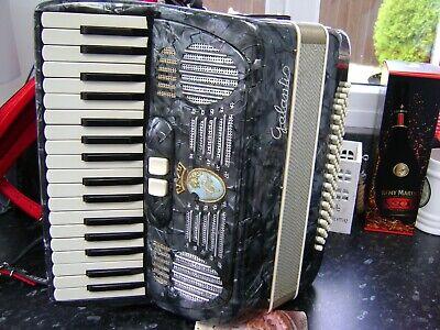 GALANTI  ITALIAN 80 BASS PIANO ACCORDION LIGHTWEIGHT LADIES MODEL