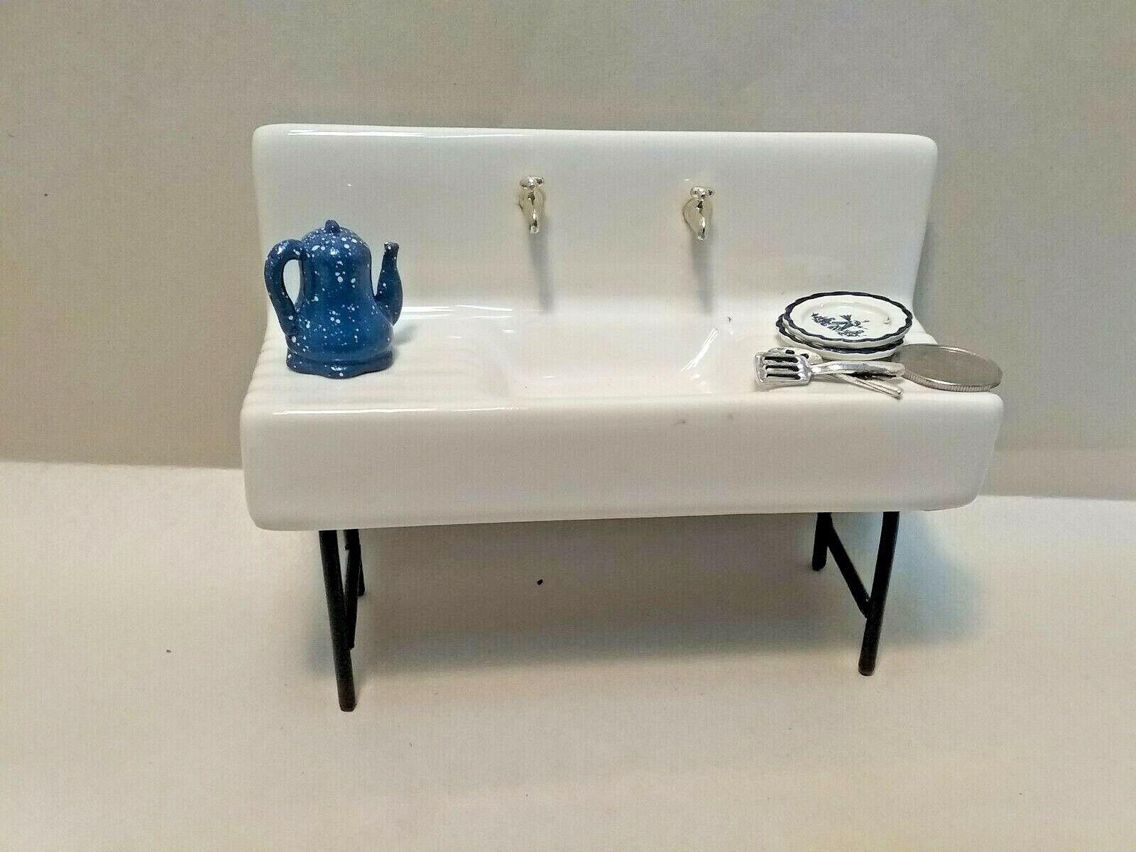 Dollhouse Miniature 1920 Kitchen Sink on Metal Legs inc Accessories Old Time