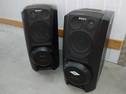 loud and proud (&heavy) Stereo Speakers