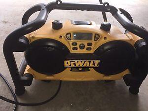 Dewalt worksite radio/ charger 7.2 -18 volt