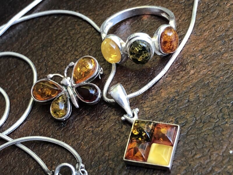 4 PIECE OF 925 STERLING SILVER & BALTIC AMBER LOT