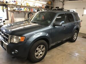 2011 Ford Escape Limited XLT