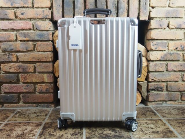 rimowa classic flight carry on cabin trolley 2 wheel iata. Black Bedroom Furniture Sets. Home Design Ideas