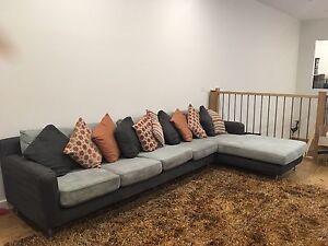 Bayliss wool shag pile rug 200 x 300 Maribyrnong Maribyrnong Area Preview
