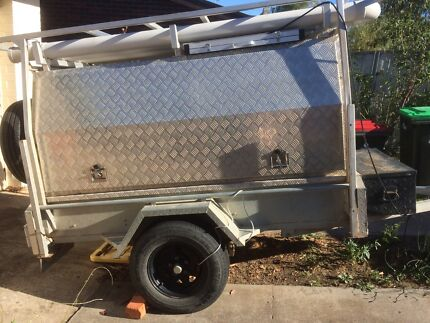 7x4 camping / tradie trailer