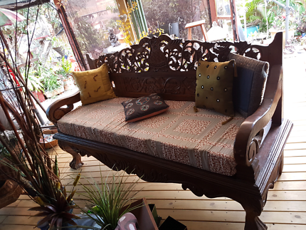 Absolute Beauty Bali style Hand Carved Daybed