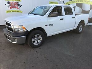 2017 Ram 1500 ST, Quad Cab, Back Up Camera, 4*4, 46,000km
