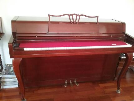 Piano, Yamaha - upright Yarralumla South Canberra Preview