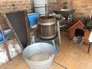 Electric wine maker for sale Hurstville Hurstville Area Preview