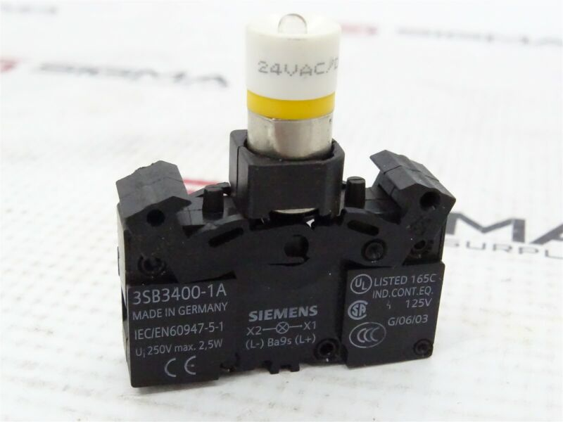 Siemens 3SB3400-1A Lamp Holder w/ 24VAC/DC Indicator Light