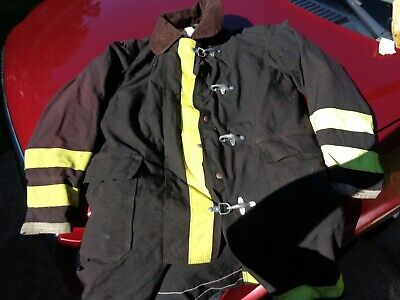 Firefighter Globe Turnout Coat Very Clean Condition 41-40