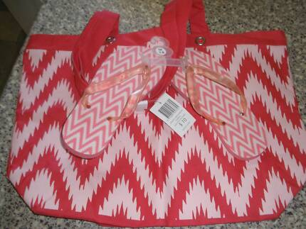 Beach Bag and Size 7-8 Thong Set-UNUSED