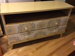 French vanilla dresser cabinet - 1 available