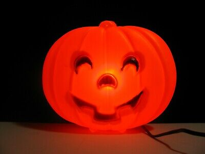 VINTAGE HALLOWEEN LIGHTED PLASTIC BLOW MOLD JACK O LANTERN PUMPKIN