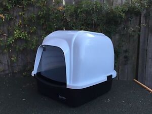 'Playmate' pet carrier/portable kennel for cats, smalls dogs & rabbits Annandale Leichhardt Area Preview