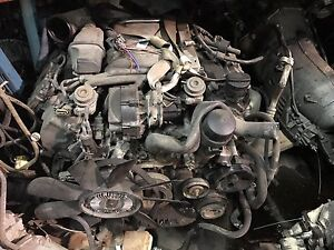 Lots moteur transmission Mercedes-Benz lot trannys and engines