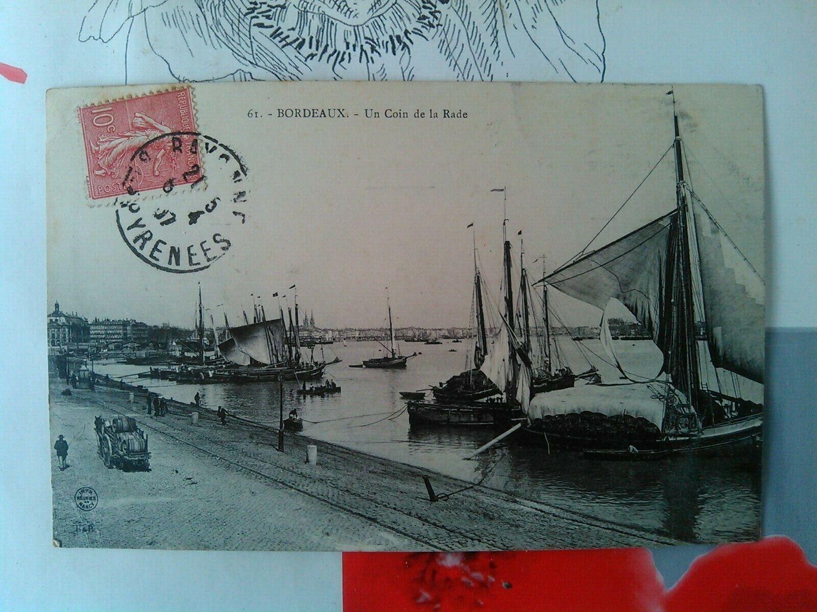Cpa bordeaux 61 un coin de la rade, bateaux à voiles, charette barriques...