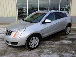 2010 CADILLAC SRX Luxury Collection AWD - Low Mileage