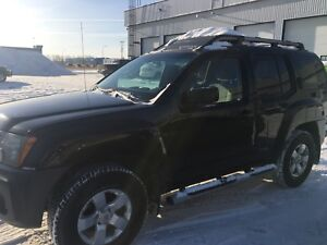 2011 Nissan Xterra - 6 speed - super FUN to drive!!!