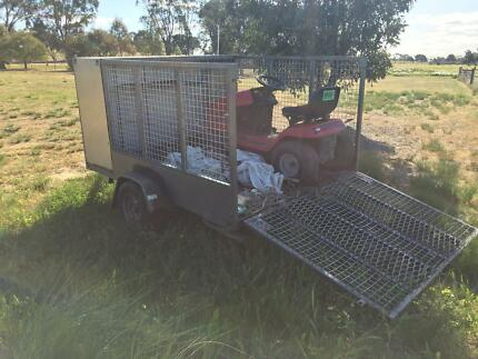Mower trailer  Maldon Mount Alexander Area Preview