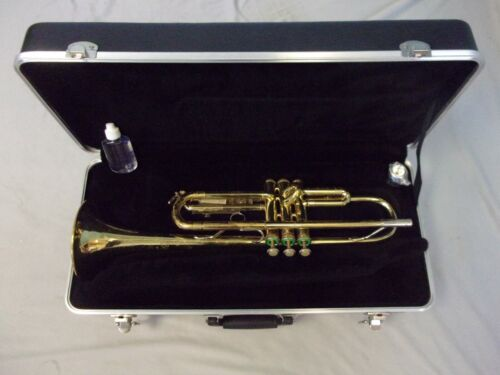 READY TO PLAY! BACH TR300 TRUMPET + NEW MOUTHPIECE + CASE + BONUS! SERVICED!
