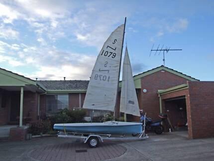 NS14 Sailing Dinghy