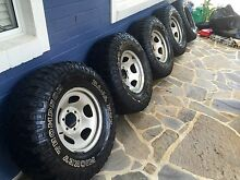 Mickey Thompson MTZ tyres x5 285/75/16 Brookvale Manly Area Preview