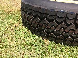 Land cruiser tyre and rim Kitchener Cessnock Area Preview