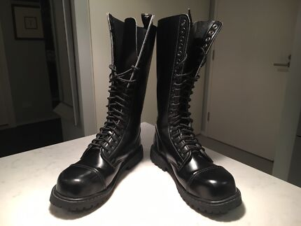 KNIGHTSBRIDGE 20 hole Leather Lace-Up Boots Size 11-12 LIKE NEW