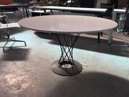 White Dining Table In Derrimut VIC Furniture Gumtree Australia Free Loca