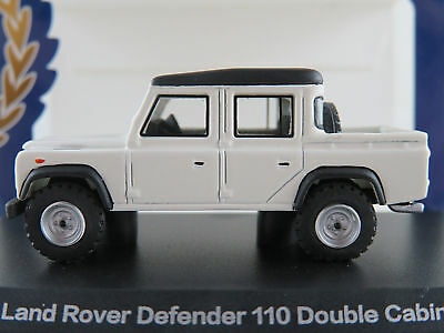 BoS 87096 Land Rover Defender 110 Double Cab Pickup in weiß/schw.1:87/H0