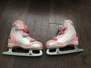 Size 2 Softec Jackson girls skates