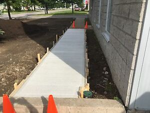 Balcon béton trottoir bordure resurfacage,excavation etc