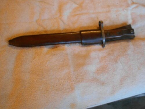 excellent WWI 1907 Quebec 8-15 Dated Ross Rifle Bayonet and Leather Scabbard
