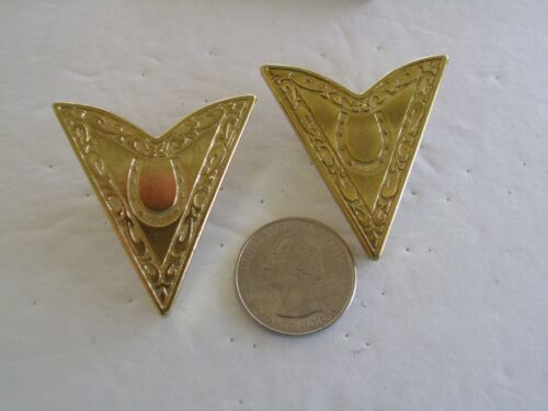 Collar Tips Horseshoe Large 1-3/4 BY 1-1/2 Inches Vintage Gold Tone Western