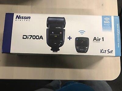 Nissin Digital Di700A Hot Shoe iTTL Flash for Nikon DSLR Cameras MINT