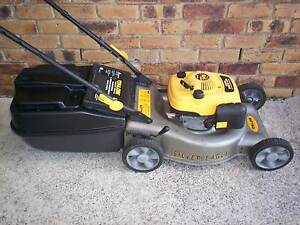 4 STROKE,SERVICED LAWN MOWER WITH CATCHER!19 inch cut. Runcorn Brisbane South West Preview