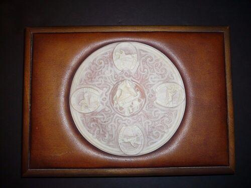 Large Vintage Walnut Dresser Box Cameo Thoroughbred Horse Medallion
