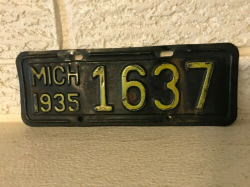 Rare 1935 Michigan Motorcycle License Plate, 35 MICH 1637 Maize on Blue