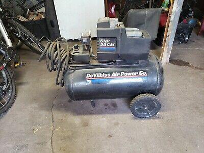 De Villbiss Compressor 5hp 20 Gallons.