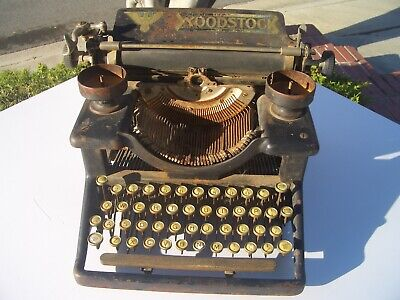 ANTIQUE WOODSTOCK MANUAL TYPEWRITER, AS FOUND CONDITION