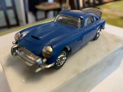 1/43 GILBERT ASTON MARTIN DB-5 ORIGINAL CHASSIS James Bond SLOT CAR EXCELLENT BL