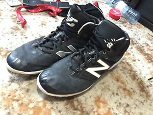 New Balance Metal Cleats